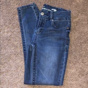 Soft and stretchy Seven7 jeans